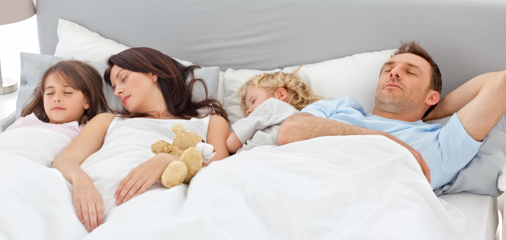 somnul-familiei-tale-in-noptile-de-mai